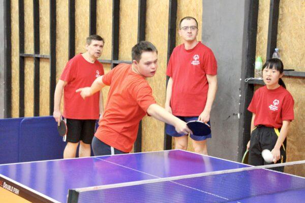 Наши талантливые и активные спортсмены по настольному теннису!